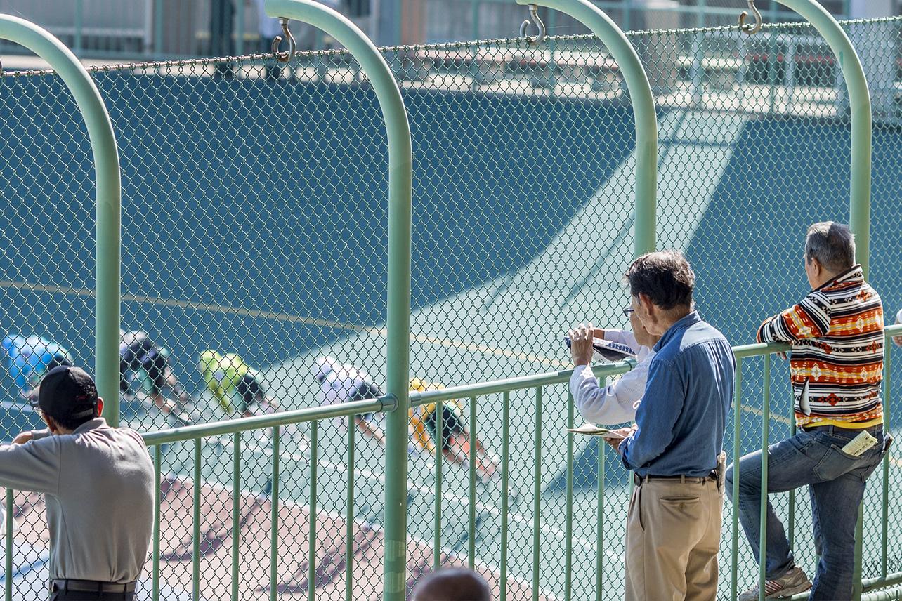 Spectators, Tachikawa Velodrome